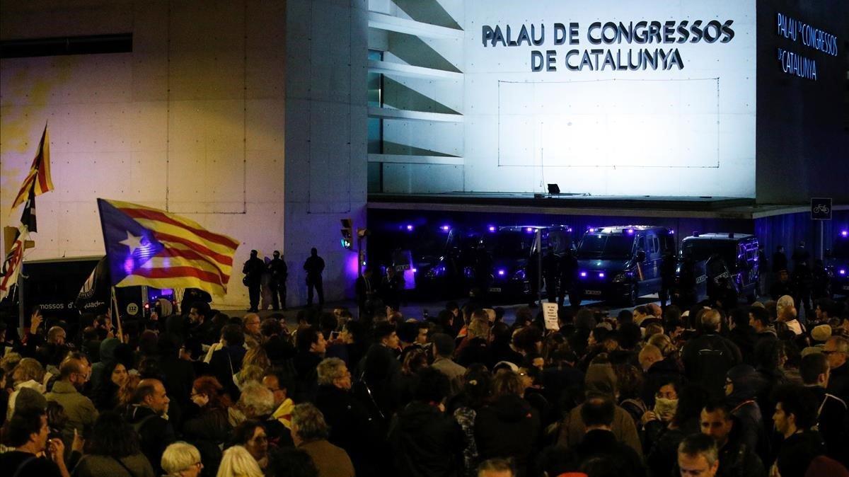 Maxima Alerta Policial Por La Visita Del Rey A Barcelona Y Por El 10 N