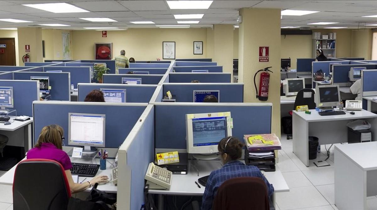 Servicio de teleoperadores de una empresa.