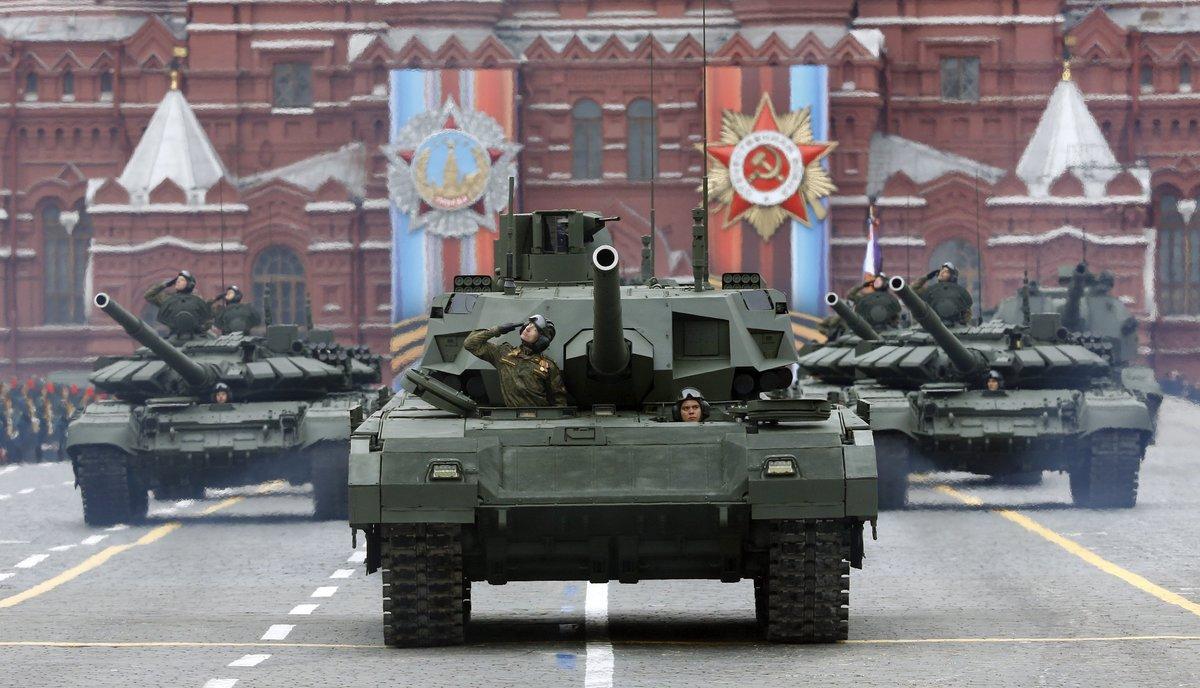 Venezuela y Rusia acordaron profundizar la cooperación económica y militar.