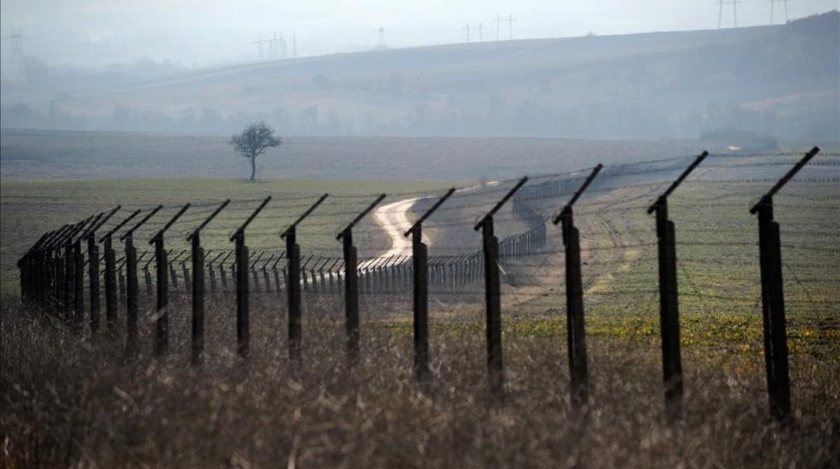 Tramo de alambrada de espino cerca del punto fronterizo de Kapitan Andreevo, entre Bulgaria y Turquía, el 11 de febrero del 2011.