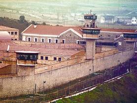 Una vista de la prisión de Nanclares de Oca, donde se hallan algunos etarras arrepentidos.