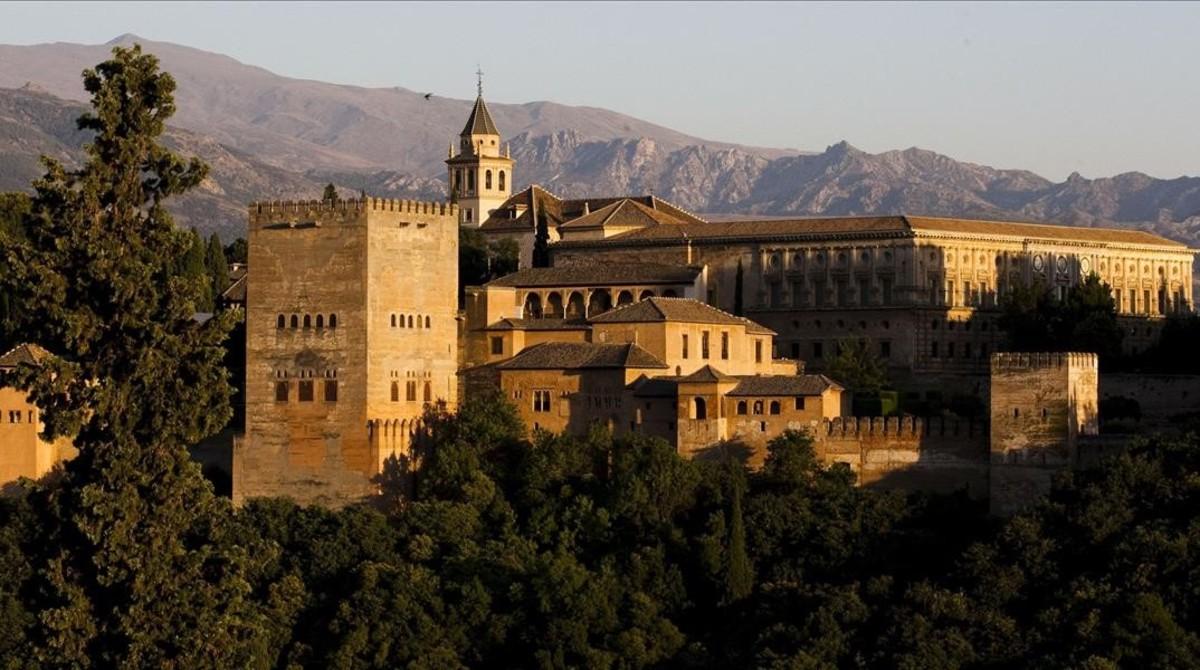 Vista panorámica de la Alhambra de Granada.