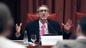 El Govern central destitueix Agustí Colomines i la directora de Relacions Exteriors