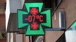 Una farmacia en Manresa (Bages).