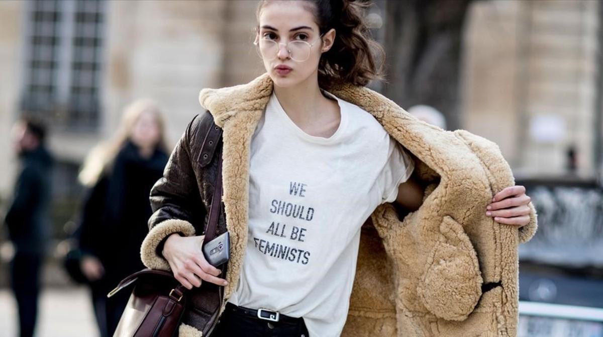 La polémica camiseta de Dior con el lema We should all be feminists.
