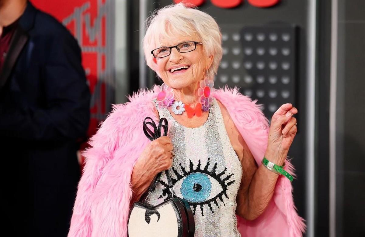 La influencer de 89 años Helen van Winkle.