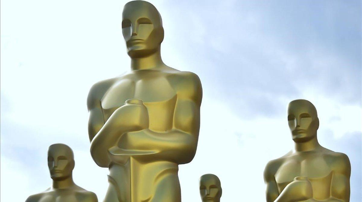 Estatuillas de los Oscar de Hollywood.