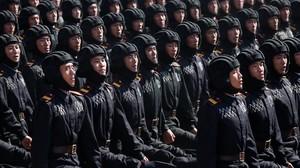 Corea del Nord amaga els seus míssils més potents a la gran desfilada