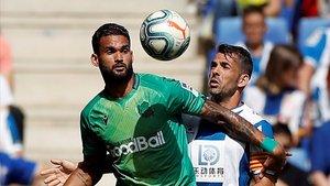 L'Espanyol perd en defensa i suma davant de la Reial Societat la tercera derrota a casa