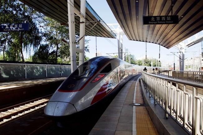 Un tren de alta velocidad caballo de Troya para Hong Kong