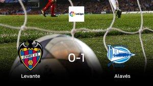 El Alavés aprovecha la segunda parte para ganar al Levante (0-1)