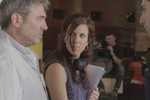 Sergi López, en el rodaje junto a la directora, Neus Ballús.