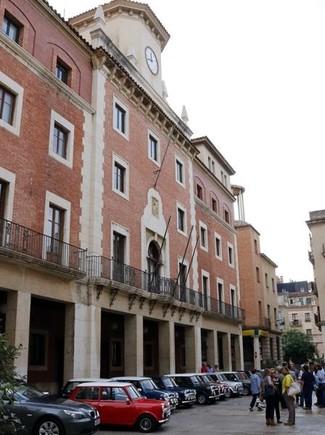 En el ayuntamiento de Tortosa no ondea ninguna de las banderas oficiales.