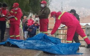 Accidente mortal en la Paz, Bolivia, porovocadopor la caída de un rayo.