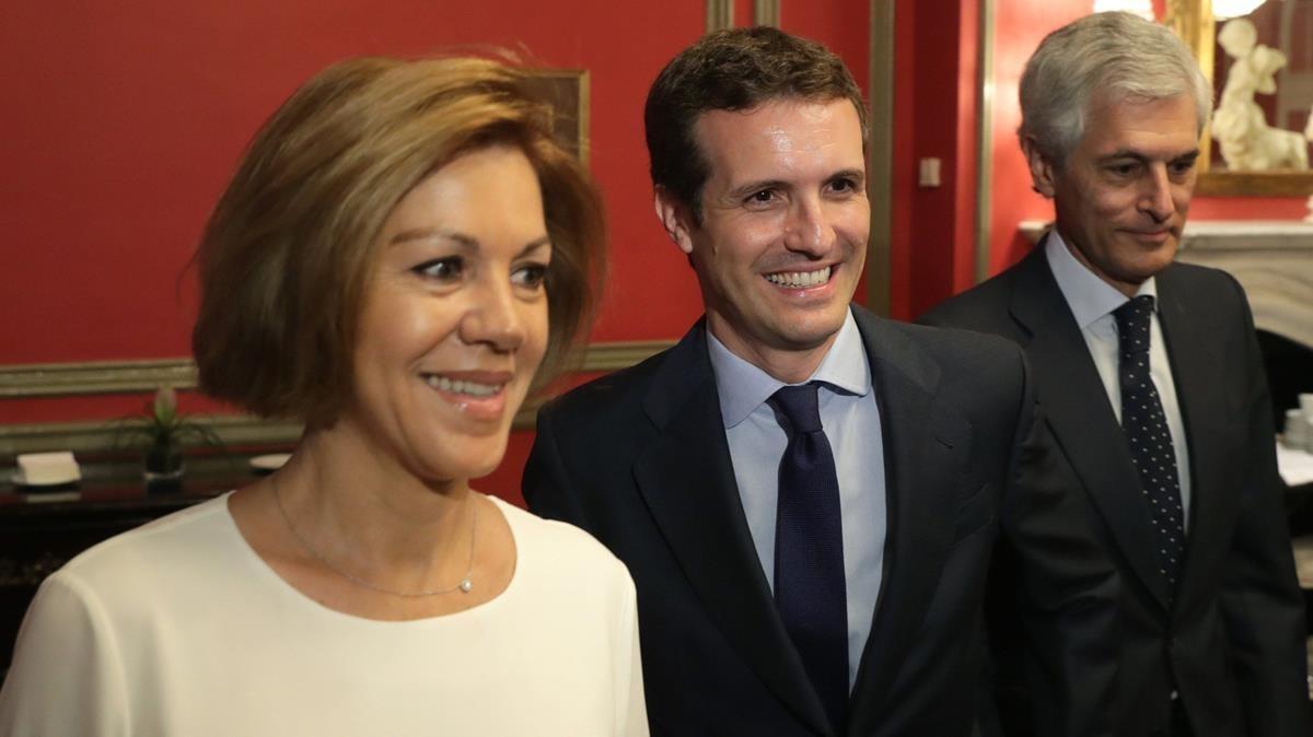 Cospedal, Casado y Súarez Illana, durante un desayuno informativo el pasado mes de julio.
