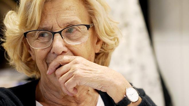 Entrevista con Manuela Carmena. La exalcaldesa de Madrid habla en la cocina de su casa.