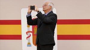 El cònsol honorari de Grècia nega haver sigut cessat oficialment