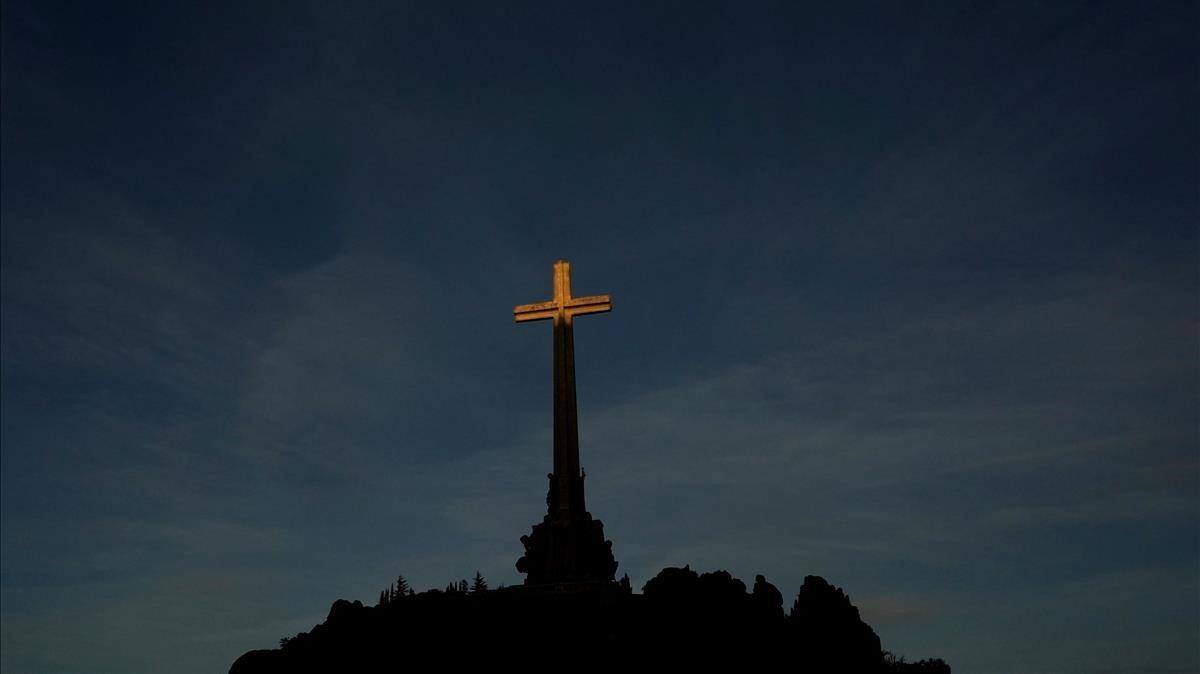 La gran cruz del Valle de los Caídos.