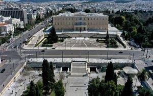 Las calles de Atenas sin gente por el coronavirus.