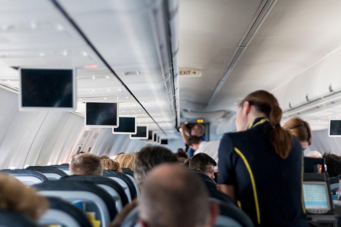 """Un grupo de azafatas estalla ante el comportamiento de los pasajeros: """"Son muy desagradables"""""""