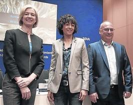 Jennifer Doudna, Emmanuelle Charpentier y Francisco Martínez Mojica, premiados por la Fundación BBVA por la tecnología CRISPR.