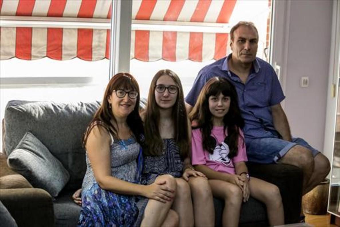 Montse Balaguer, Noelia Díaz, Mónica Díaz y Jesús Díaz.