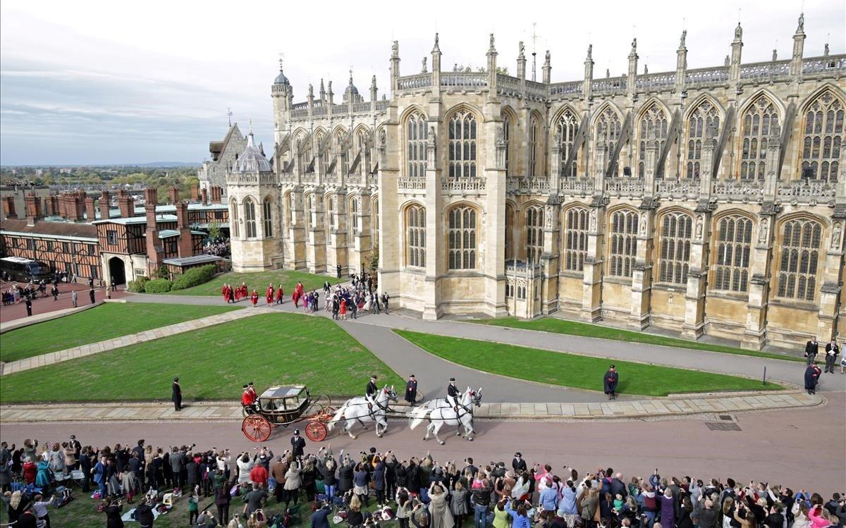 La carroza en los alrededores del castillo de Windsor.