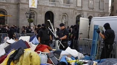 Interior decidió desalojar la acampada de Sant Jaume al detectar tiendas vacías