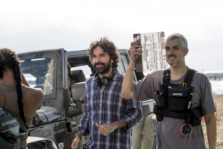 El cineasta Mateo Gil, durante el rodaje de 'Las leyes de la termodinámica', que abre el festival de Málaga.