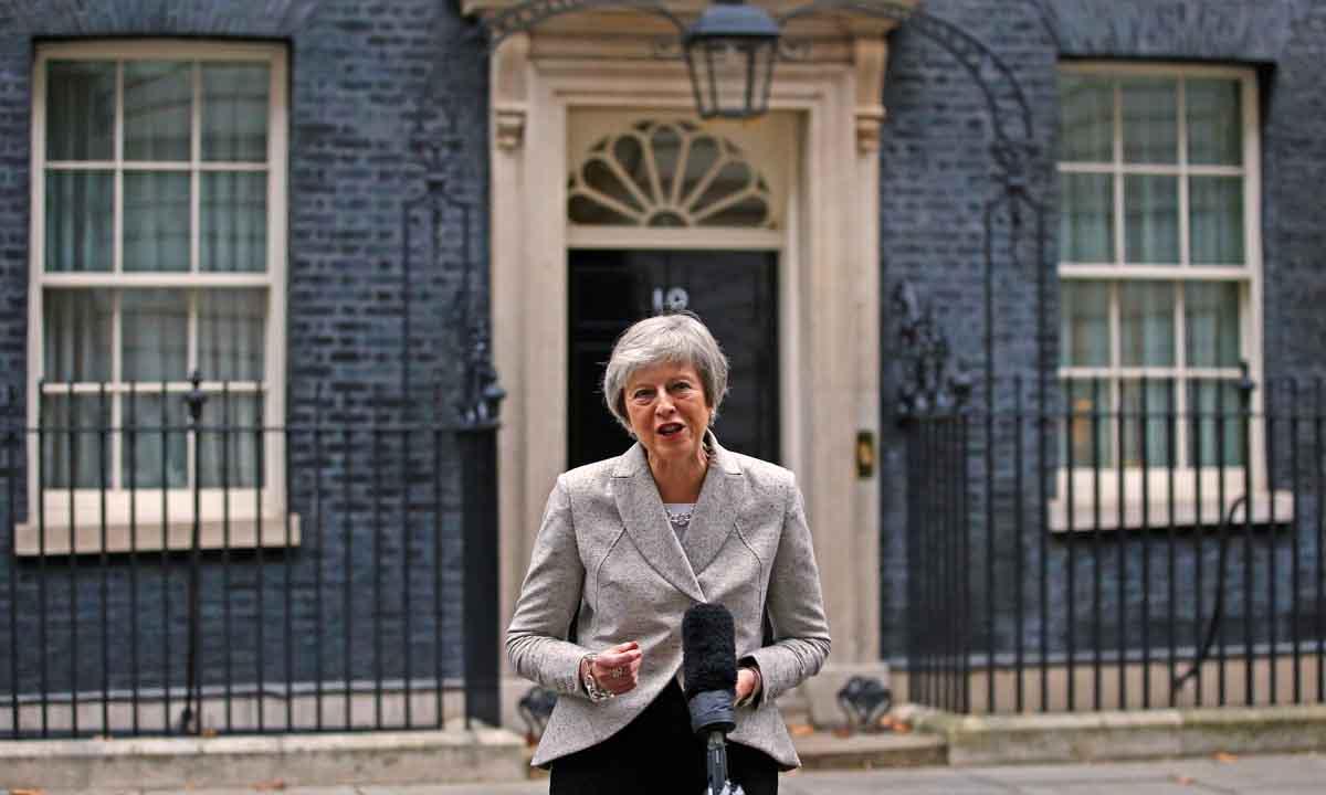 May: Confío en que conseguiremos un buen acuerdo para toda la familia británica, incluido Gibraltar