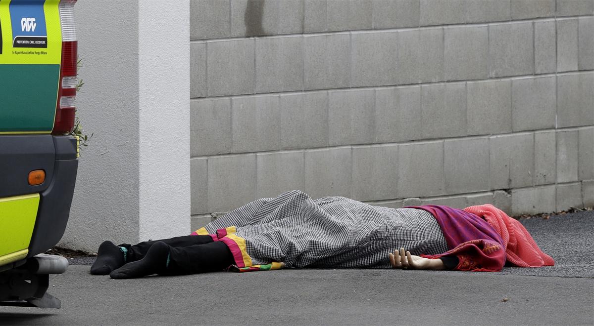 Nueva Zelanda confirma 40 muertos en el tiroteo de las dos mezquitas.