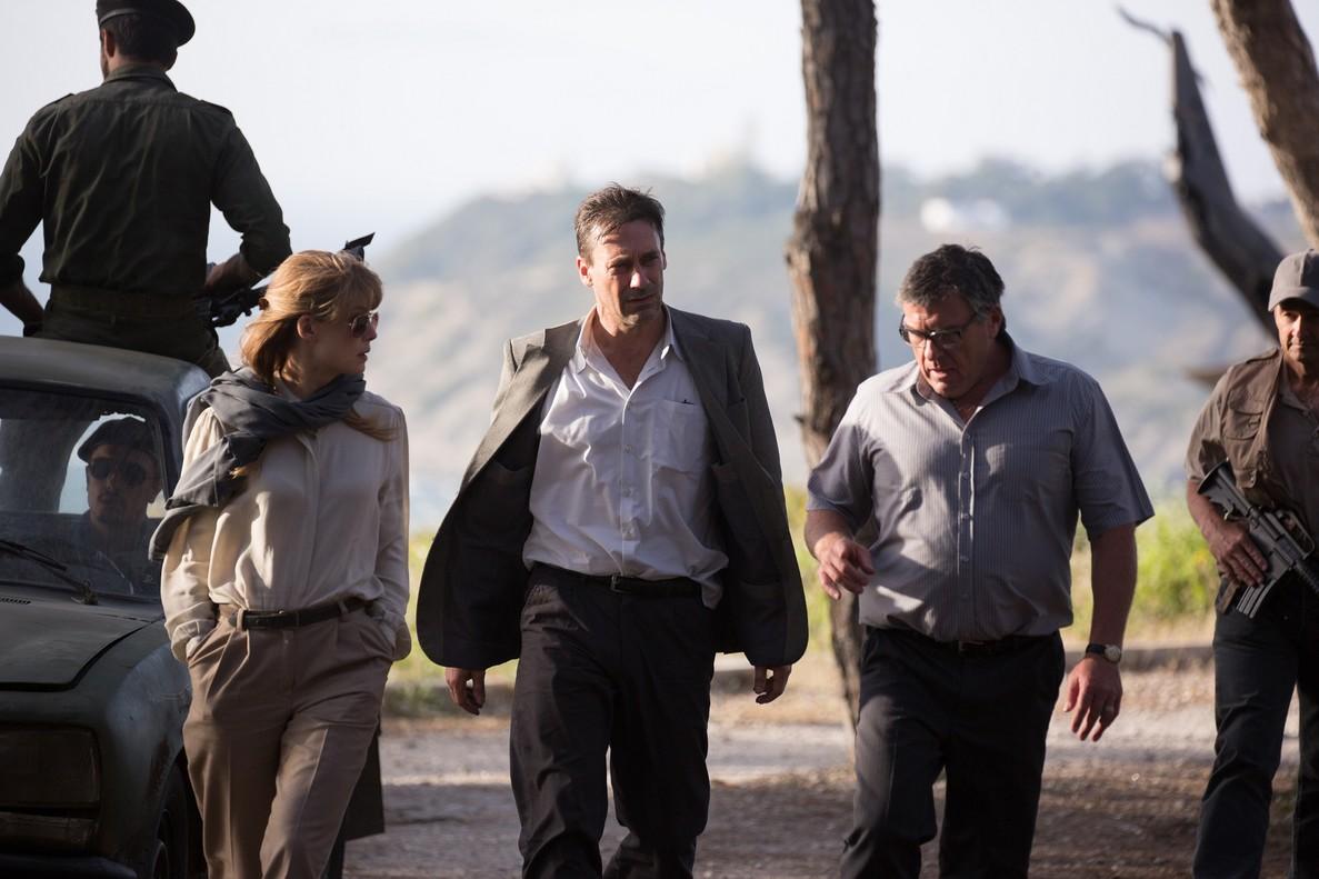 Rosamund Pike, Jon Hamm y Dean Norris, en El rehén.