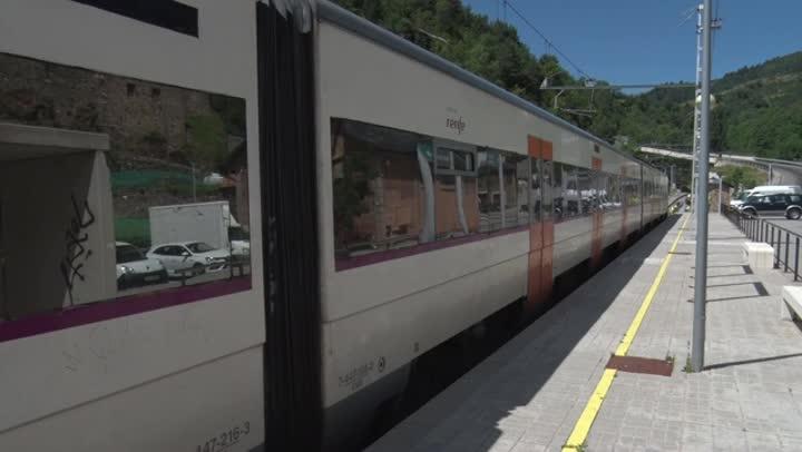 La compañía Renfe ha establecido un servicio alternativo por carretera entre las localidades de Ribes y Puigcerdà (Girona).
