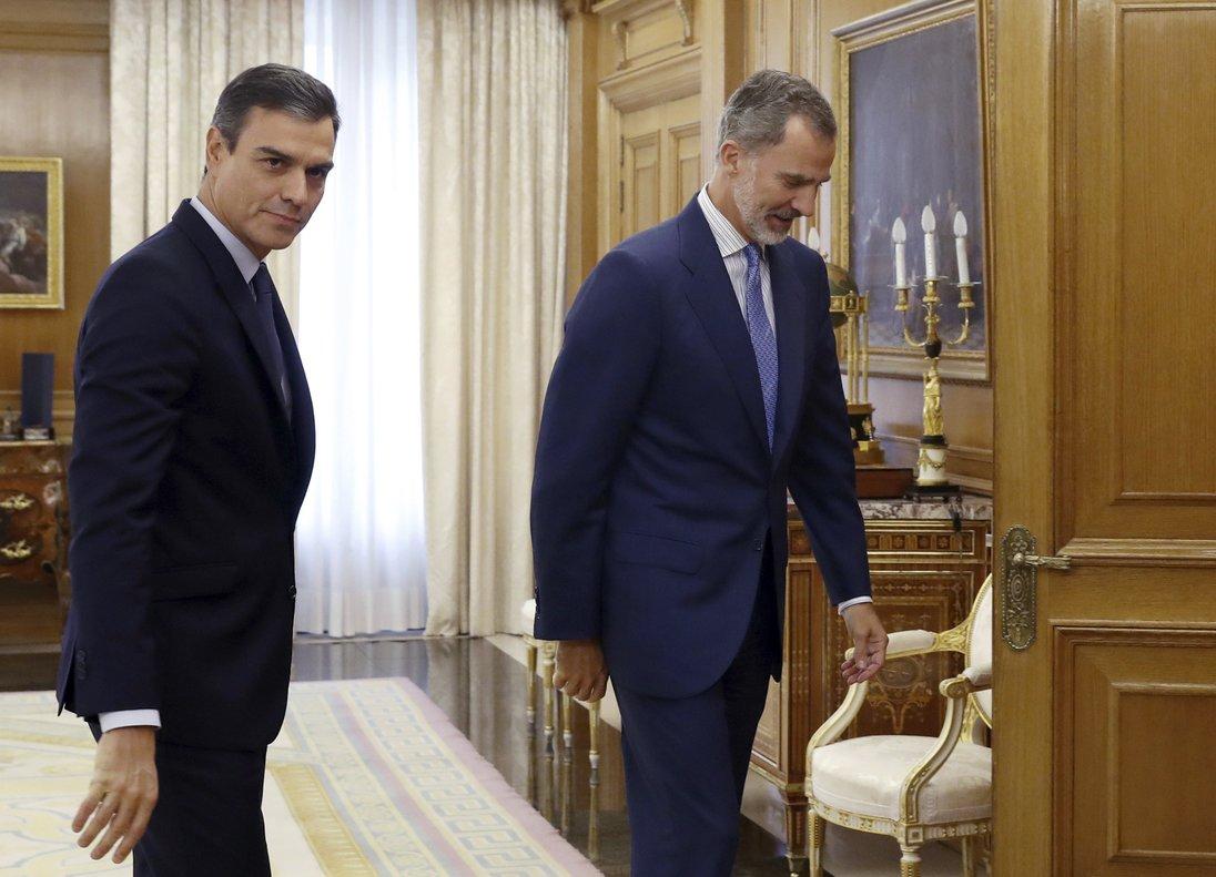 El Rey recibe a Sánchez en Zarzuela.
