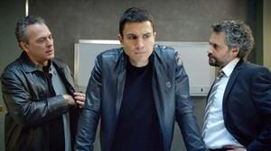 José Coronado, Álex González i Pau Durà, a 'El Príncipe'.