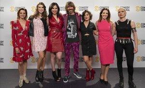 Macarena Gómez, Eva Soriano, Marta Flich, Santi Millán, Susi Caramelo, Marta González De Vega y Patricia Sornosa.
