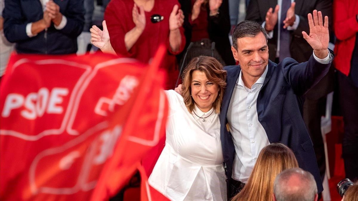 Susana Díaz y Pedro Sánchez, en un mitin del PSOE en Cádiz, en octubre.