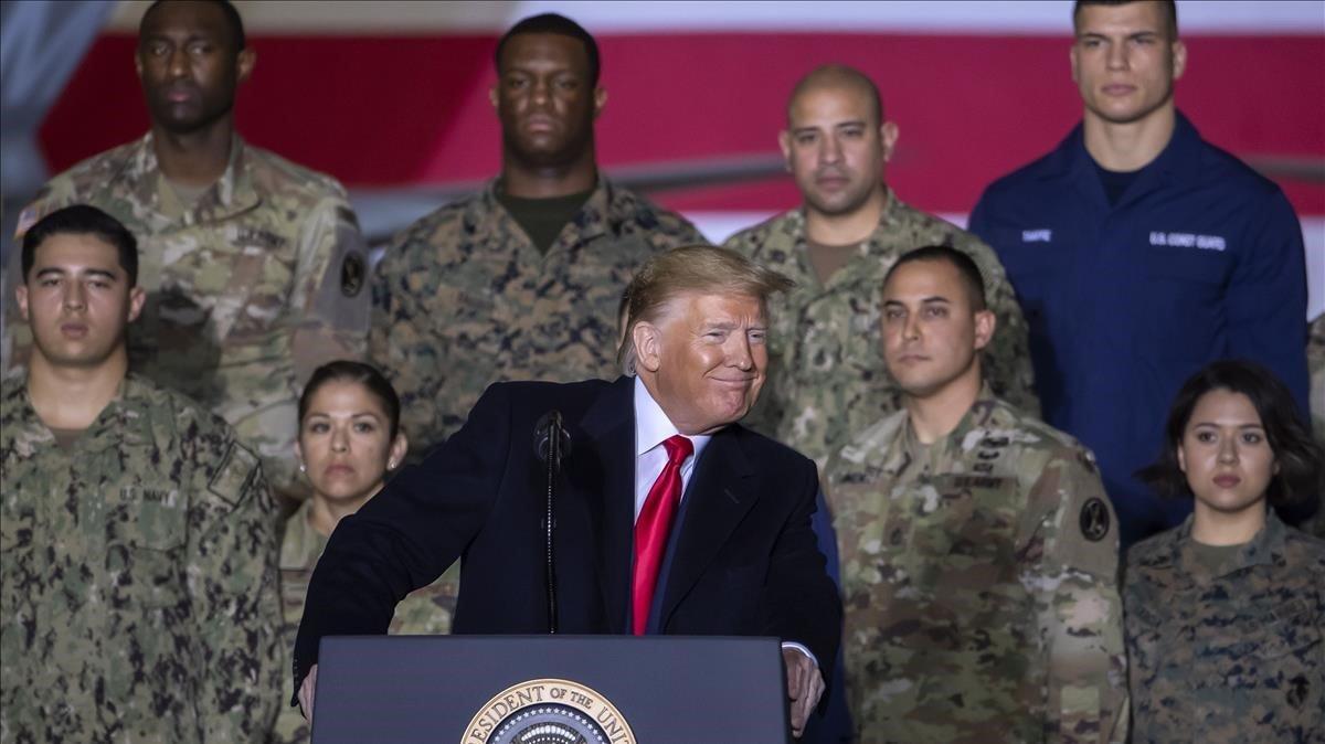 El presidente de EEUU, Donald Trump, en la base militar de Andrews en Maryland este viernes.