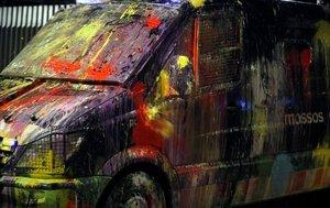 Una furgoneta de los Mossos pintada en una protesta reciente frente a Interior.