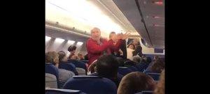 Una pareja de ancianos españoles son expulsados de un vuelo de KLM.