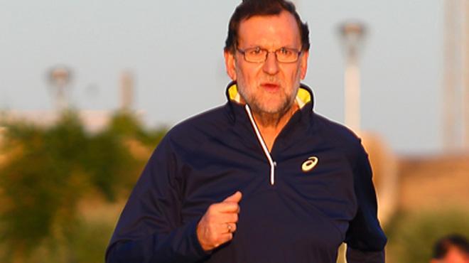 """""""Siempre he preferido caminar rápido a correr"""", el último vídeo de Rajoy"""