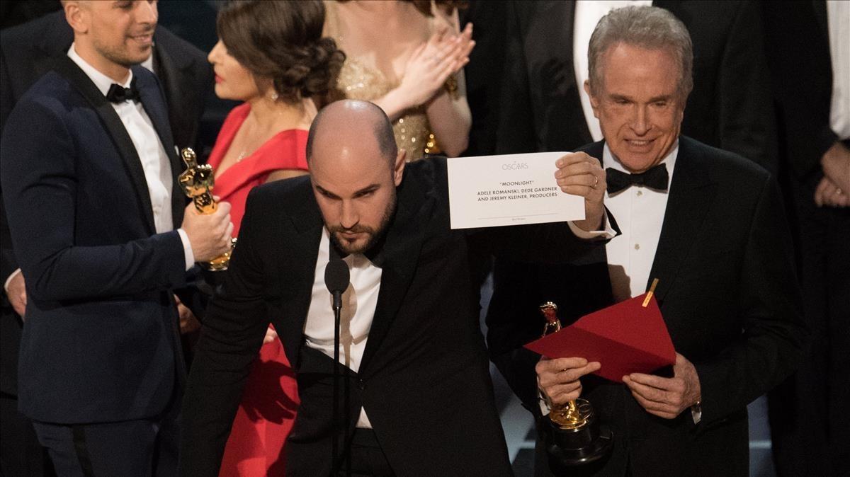 Warren Beatty repetirá como presentador de la mejor película, tras el error del año pasado.