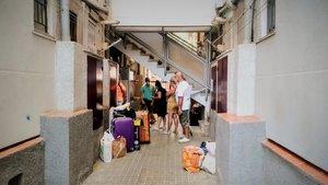 Desnonada una família de Badalona sense alternativa habitacional en plena pandèmia