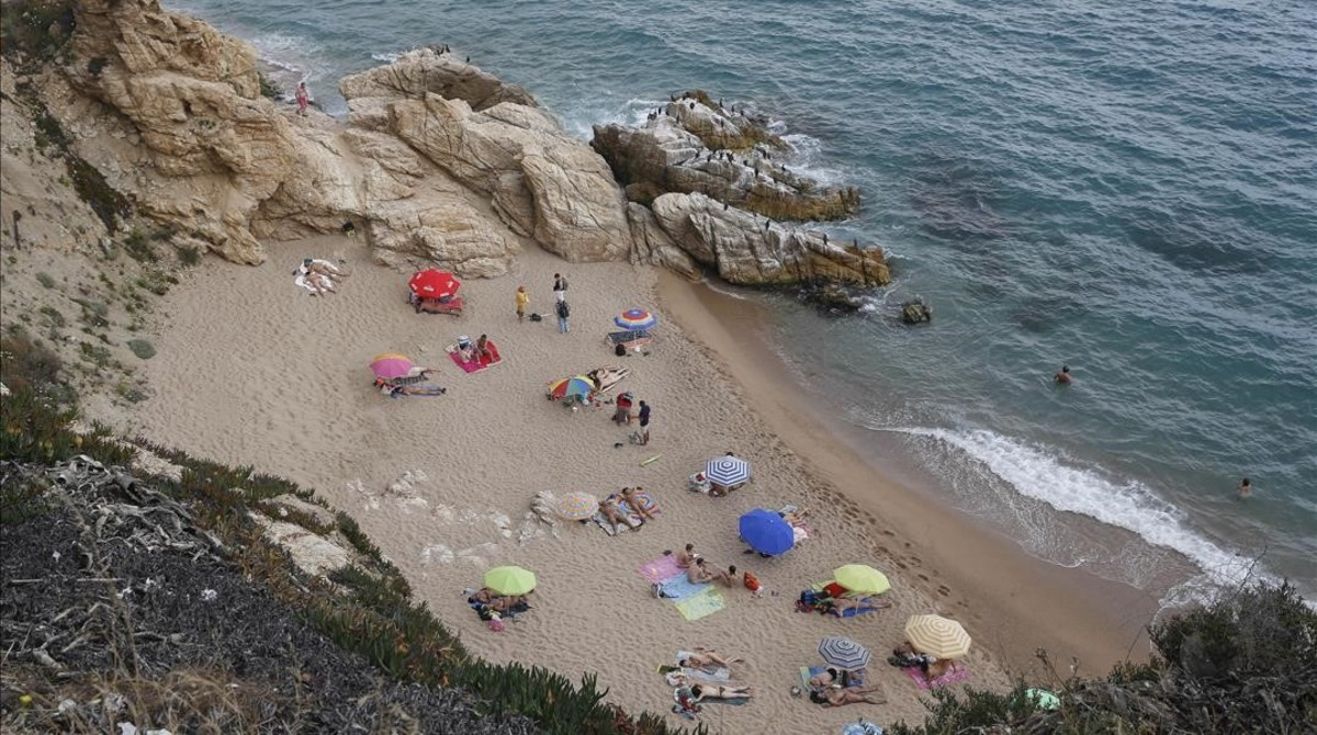 Platges exprés: fuig de la ciutat en banyador