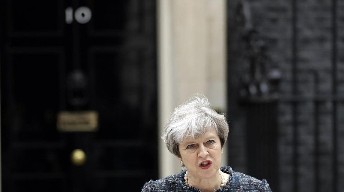 Theresa May durante su comparecencia en Downing Street.
