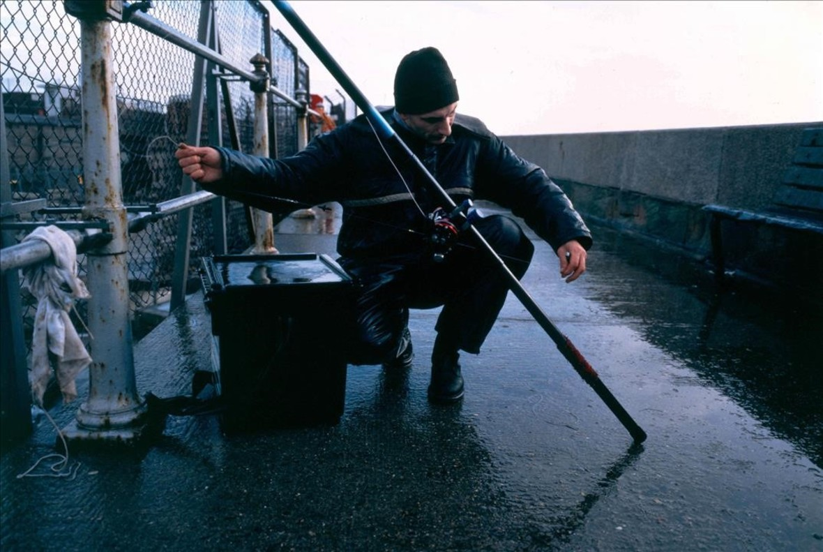 Fotografía de un pescador de Bacalao de Dover (1996 -1998), de la serie Deep six / Passer au bleau.