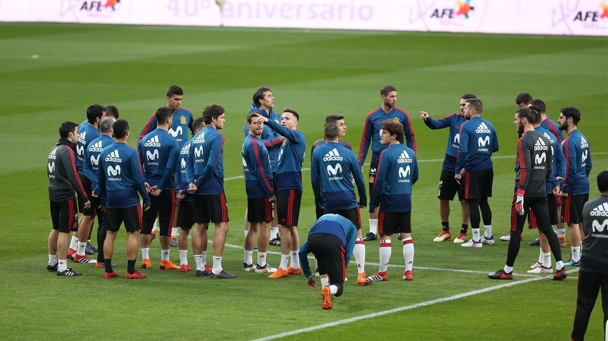 Entrenamiento de la selección española en el Wanda Metropolitano.