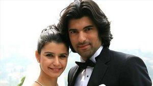 Beren Saat yEngin Akyürek, protagonistas de la telenovela turca Fatmagul.