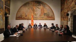 Govern, PSC i comuns només acorden tornar a reunir-se