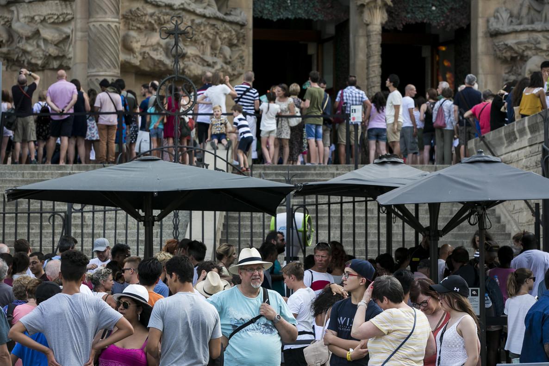 Turistas en la Sagrada Família.